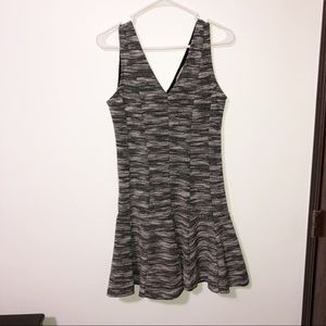 Banana republic tweed v neck sleeveless dress 6